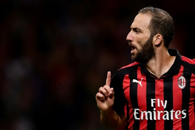 Gonzalo Higuain scored his first goal for AC Milan to rescue a point in Cagliari. (AFP)