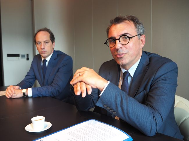 Le Havre Mayor Luc Lemonnier (right) speaks to The Korea Herald beside French Ambassador Fabien Penone in Seoul last week. (Joel Lee/The Korea Herald)