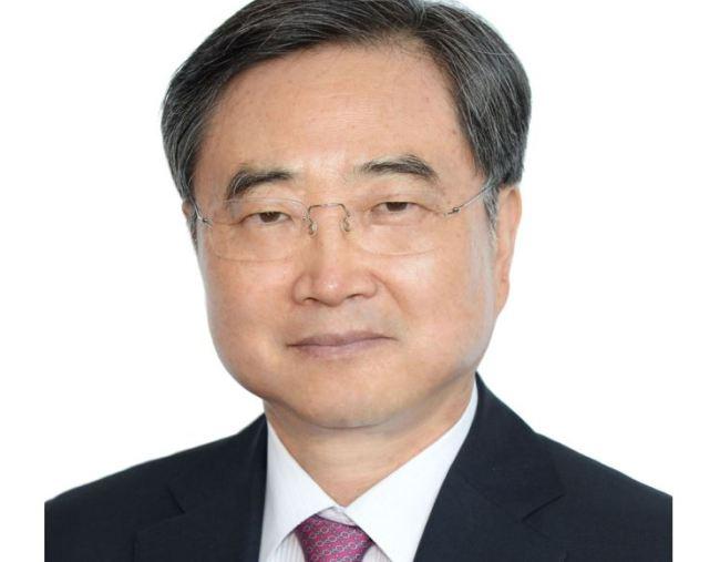 Cho Hyun. Cheong Wa Dae