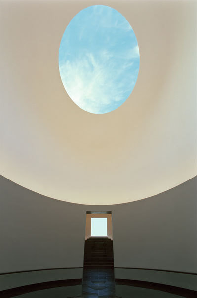 """""""Sky Space"""" by James Turrell (Museum San)"""