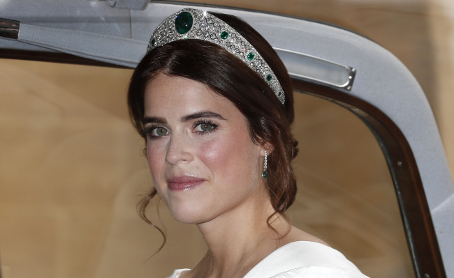 Princess Eugenie of York arrives for her marriage to Jack Brooksbank at St George`s Chapel, Windsor Castle, near London, England, Friday, Oct. 12, 2018. (Yonhap)