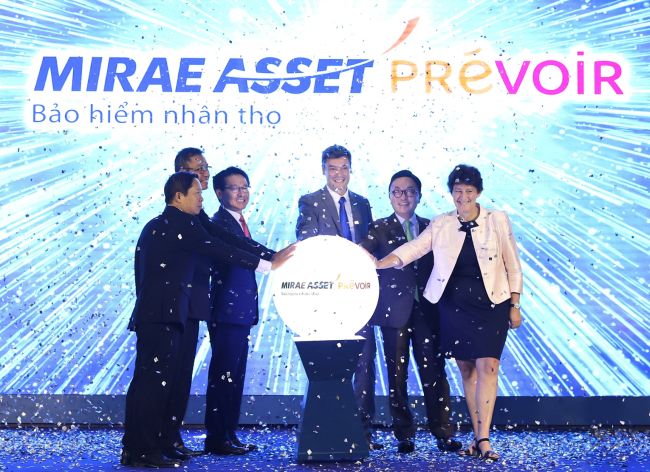 Mirae Asset Prevoir Life Insurance, the joint company of Mirae Asset Life Insurance and Prevoir Vietnam Life Insurance, hold a launching ceremony in May. (Mirae Asset Financial Group)