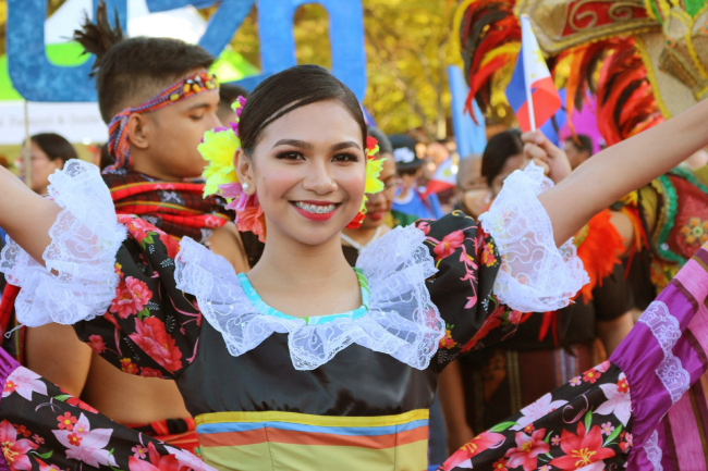 A Philippine participant at the Migrants Arirang Multicultural Festival in Changwon, South Gyeongsang Province, from Oct. 5-7. (Philippines Department of Tourism-Korea)