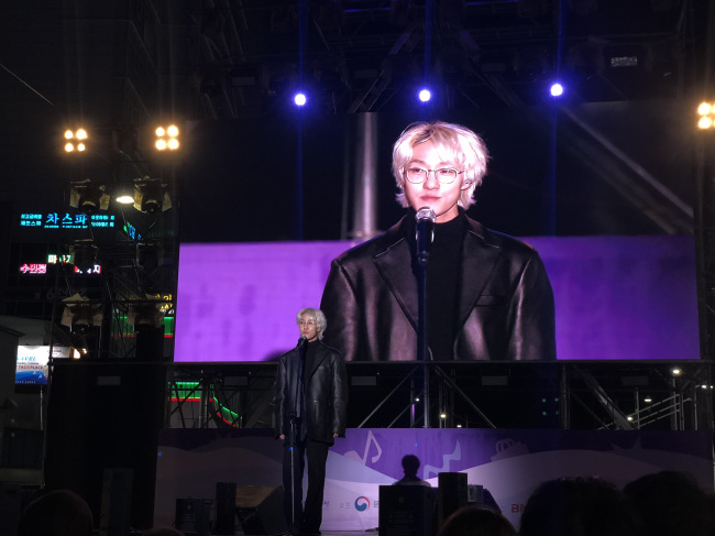 Zion.T at Busan One Asia Festival on Oct. 26 (Lim Jeong-yeo/The Korea Herald)
