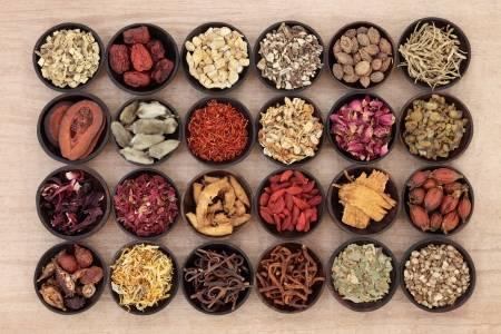 Chinese medicinal herbs (123rf)