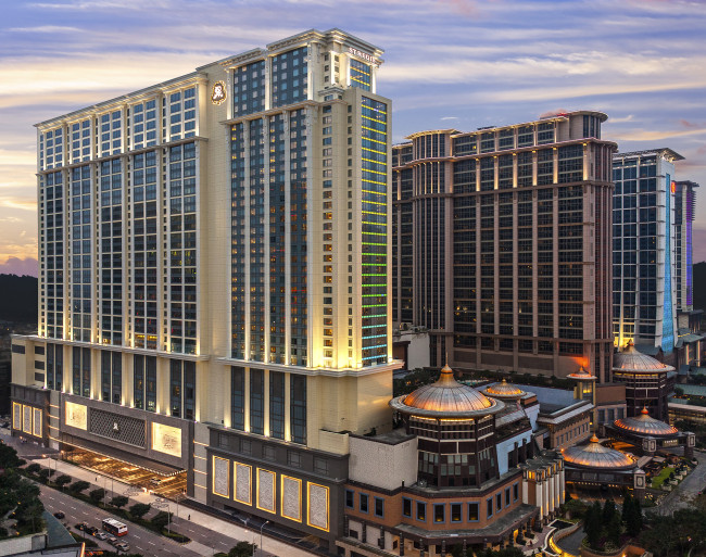 The St. Regis Macao is situated within a prime center of Cotai Strip (The St. Regis Macao)