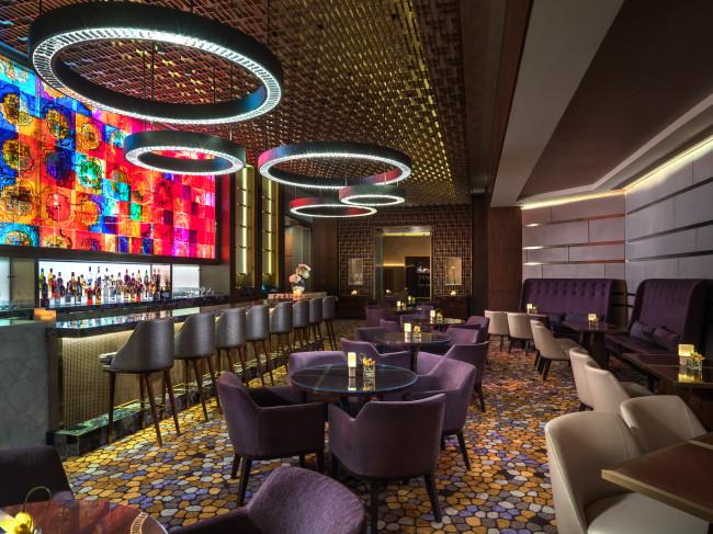 The St. Regis Bar features an elegant and versatile concept. (The St. Regis Macao)