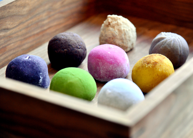 Mochibang specializes in wagashi, or Japanese sweets, with a focus on rice cakes like mochi and ohagi. (Photo credit: Park Hyun-koo/The Korea Herald)