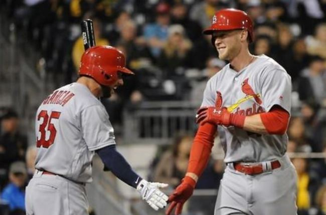 In this Penta Press file photo from April 6, 2016, Jeremy Hazelbaker (R), then with the St. Louis Cardinals, celebrates a home run with teammate Grag Garcia during the top of the sixth inning of a Major League Baseball regular season game against the Pittsburgh Pirates at PNC Park in Pittsburgh, Pennsylvania. South Korean ball club Kia Tigers said on Nov. 19, 2018, that they`re nearing a deal with Hazelbaker. (Yonhap)