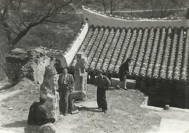 The tomb of King Kija in Pyongyang is photographed by Hungarian scholar Aladar Soveny in 1955. (Hungarian Embassy in Seoul)