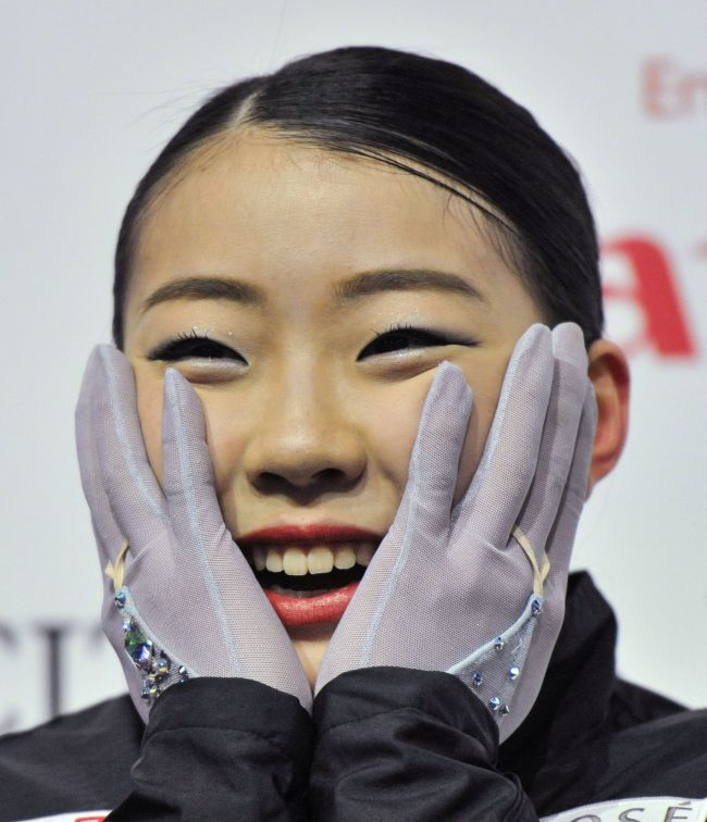 Japan`s Rika Kihira won gold for her performance in the Ladies Free program at the ISU Grand Prix of Figure Skating Final 2018-19 on December 8, 2018, in Vancouver, Canada. (Yonhap)