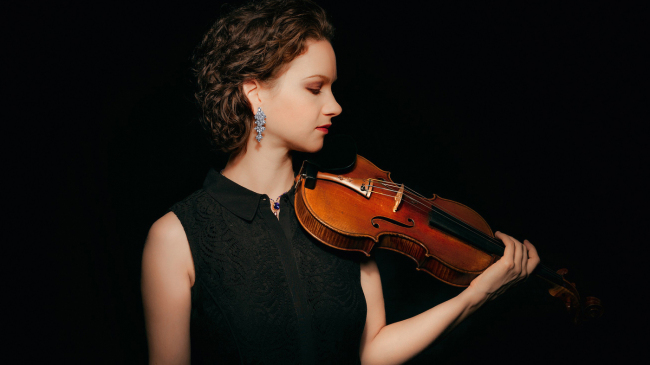 Violinist Hilary Hahn (Michael Patrick O'Leary)