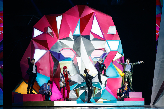 BTS on the stage at 2018 MAMA in Hong Kong (CJ ENM)