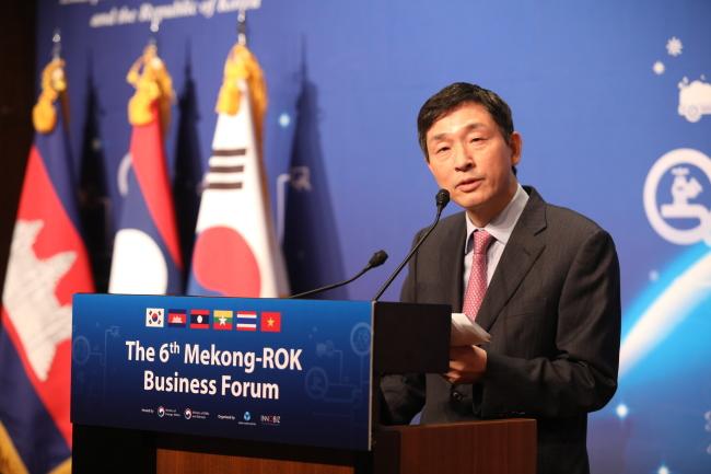 ASEAN-Korea Center Secretary-General Lee Hyuk (ASEAN-Korea Center)