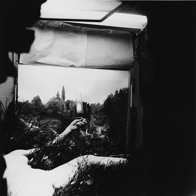 Denise Brown Hare's 1968 photograph shows Duchamp's