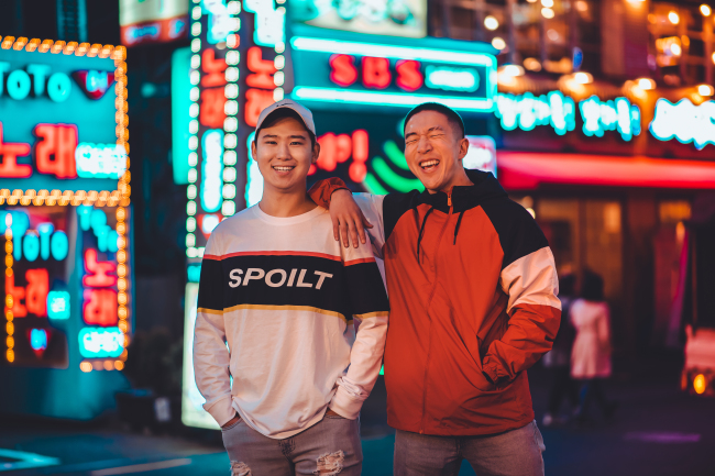 David Kim (Left) and Danny Kim (DKDKTV)
