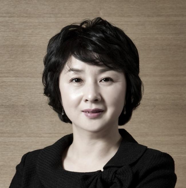 Wang Mi-hwa, head of wealth management unit at Shinhan Financial Group (Shinhan Bank)