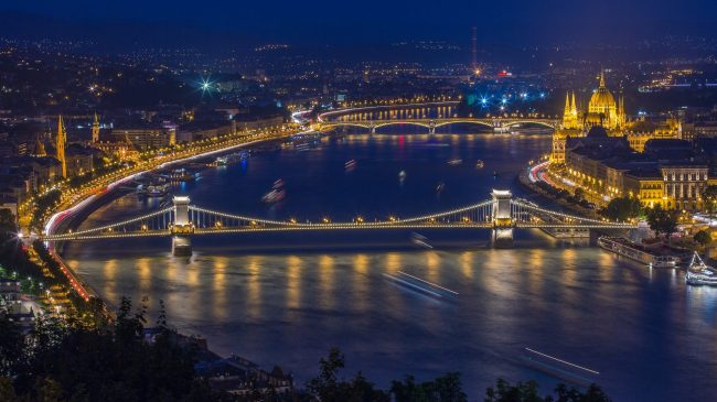 Hungarian capital Budapest (Hungary Photo Tours)