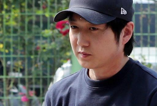 Shim's former coach Cho Jae-beom (Yonhap)