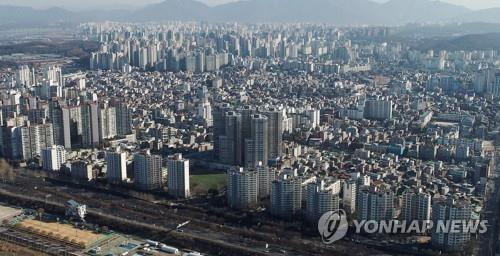 View of apartments in southeastern Seoul (Yonhap)