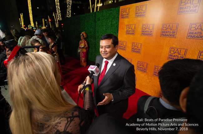 "Indonesian Ambassador to Korea Umar Hadi talks to media at the premiere of ""Bali: Beats of Paradise"" at the Academy of Motion Picture Arts and Sciences in Beverly Hills, California, on Nov. 7, 2018. (Indonesian Embassy)"