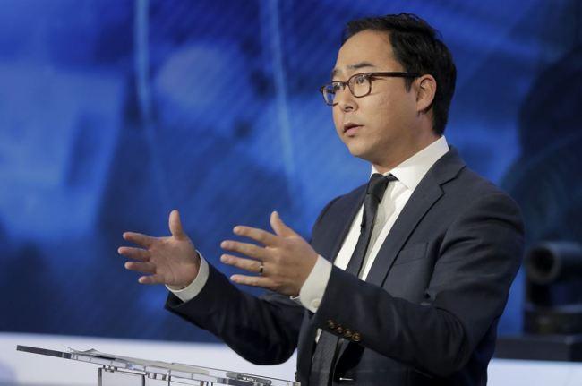 Andy Kim (AP)