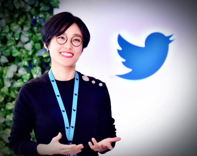 Kim Yeonjeong, head of global content partnerships at Twitter Korea, stands inside the Blueroom studio where live broadcasts are hosted. (Park Hyun-koo/The Korea Herald)
