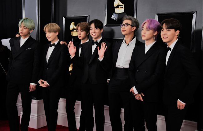 Boy band BTS arrive for the 61st Annual Grammy Awards on February 10, 2019, in Los Angeles.(AFP/Yonhap)