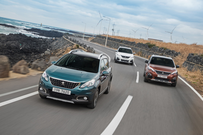 Peugeot 3008 and 5008 SUV (Hanbul Motors)