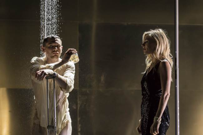 "A scene from Benedict Andrews' production of Tennessee Williams' ""Cat on a Hot Tin Roof"" (Johan Persson)"