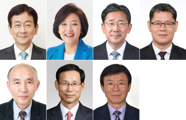 The photos provided by the presidential office Cheong Wa Dae show the new minister nominees announced March 8. They are (from top left) Interior Minister nominee Chin Young; SMEs Minister nominee Park Young-sun; Culture Minister nominee Park Yang-woo; Unification Minister nominee Kim Yeon-chul; (from bottom left) Science Minister nominee Cho Dong-ho; Land and Transportation Minister nominee Choi Jeong-ho and Oceans Minister nominee Moon Seong-hyeok (Yonhap)