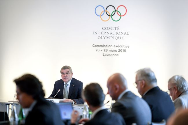International Olympic Committee (IOC) President Thomas Bach (C) speaks during a IOC executive board meeting on March 26, 2019 in Lausanne. (Photo by Fabrice COFFRINI / AFP)