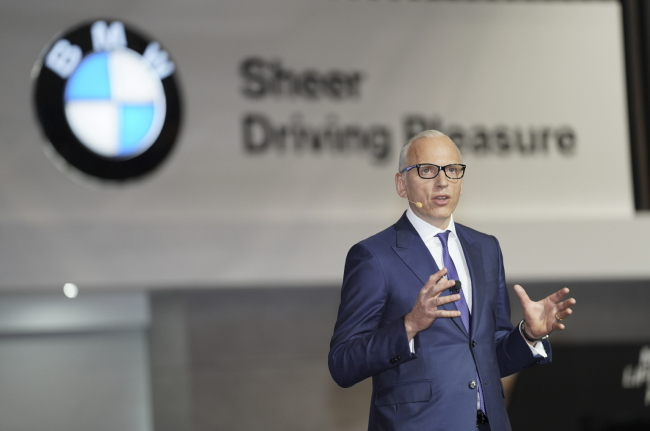 Pieter Nota, BMW chief marketing officer and member of the board, introduces the company's new models during the Seoul Motor Show on Thursday in Ilsan, Gyeonggi Province. (Yonhap)