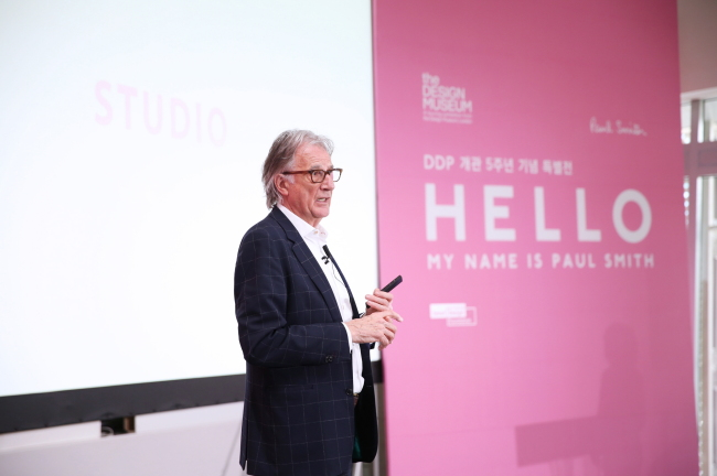 Designer Paul Smith speaks during a press conference at Dongdaemun Design Plaza in central Seoul on Monday. (Seoul Design Foundation)