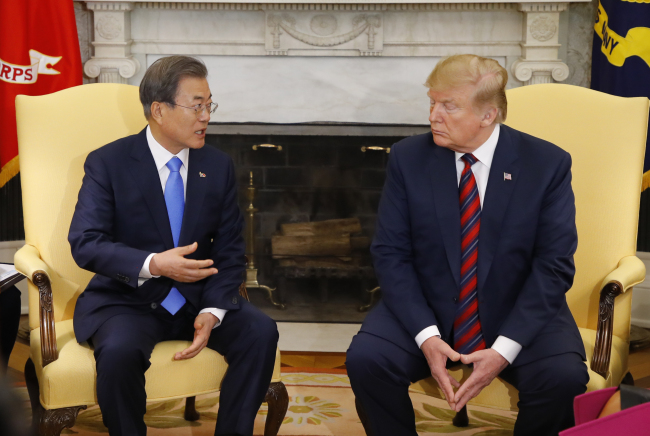 President Moon Jae-in and US President Donald Trump hold a summit meeting at the White House on Thursday. Yonhap