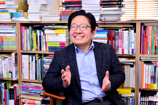 Joseph Lee, president of KL Management, speaks during a recent interview with The Korea Herald at his office in Seongbuk-dong, northern Seoul. (Park Hyun-koo/The Korea Herald)