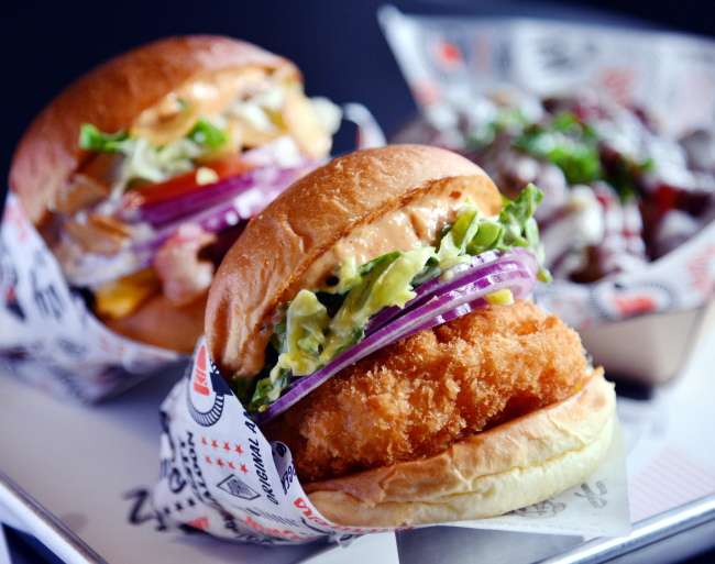 Zesty Saloon sells burgers and tater tots from its perch near Seoul Forest. (Park Hyun-koo/The Korea Herald)