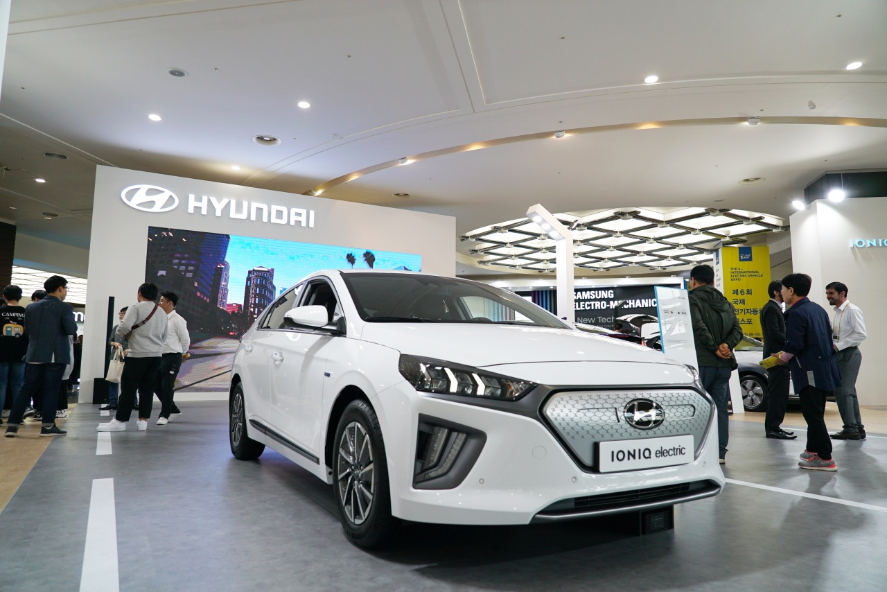 Hyundai Ioniq is displayed at the sixth International Electric Vehicle Expo held in Seogwipo-si, Jeju Island, Wednesday (Lim Jeong-yeo/The Korea Herald)
