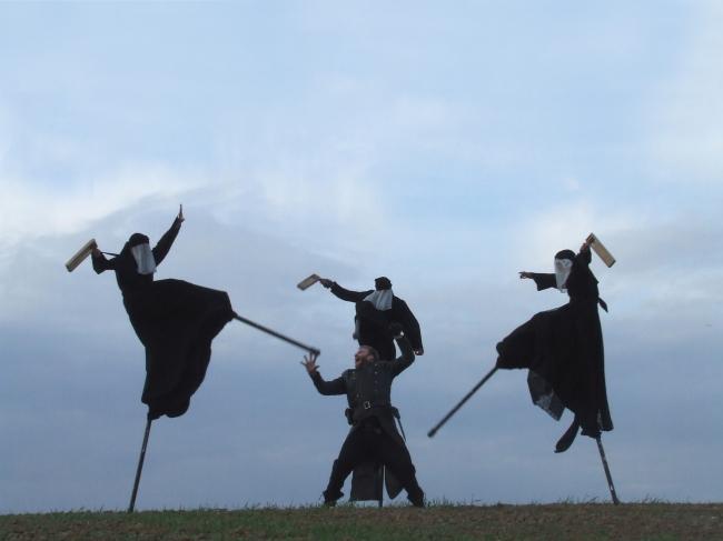 """A scene from Teatr Biuro Podrozy's """"Macbeth: Who Is That Bloodied Man?"""" (Tomasz Plaskowski)"""