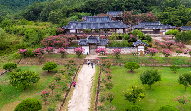 Byeongsan Seowon in Andong, one of nine Confucian academies up for inscription in the UNESCO World Heritage List. (Yonhap)