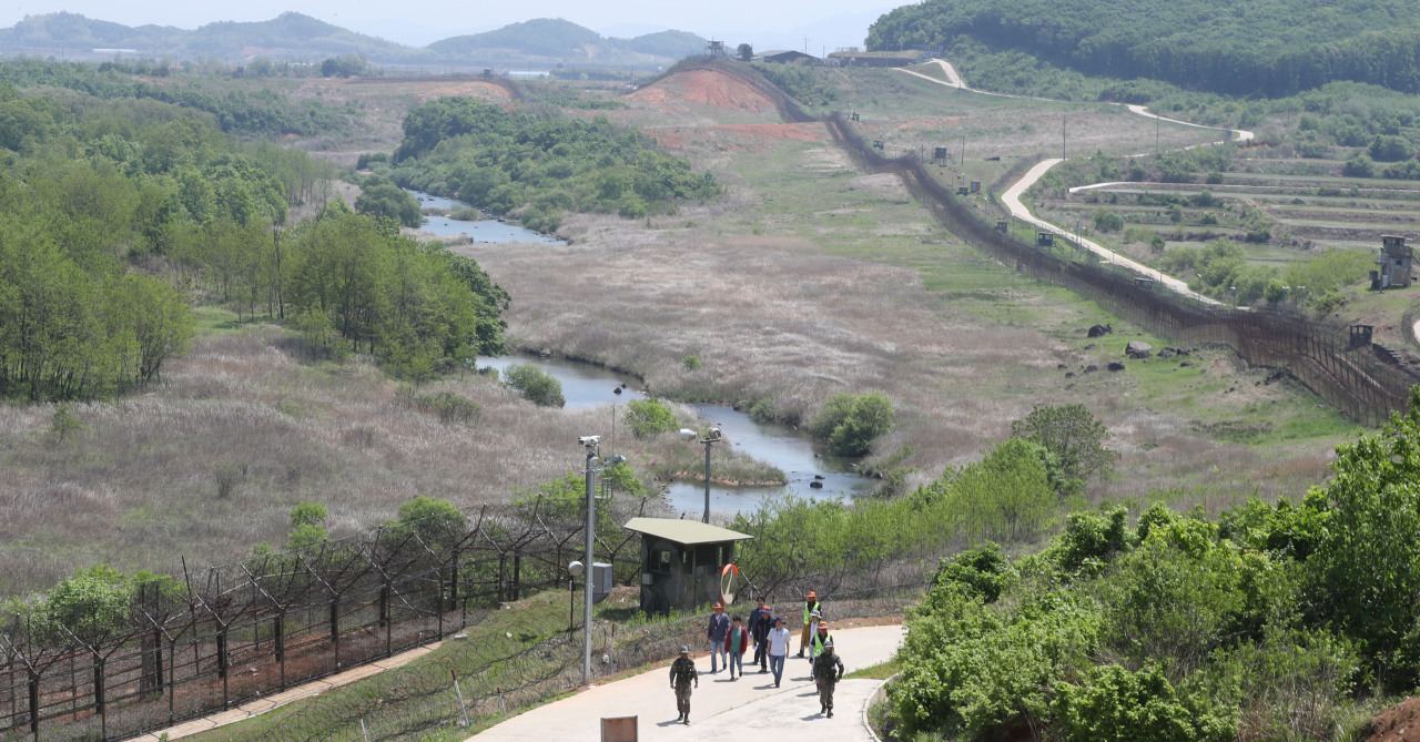 "The ""DMZ Peace Trail"" in Cheorwon-gun, Gangwon Province (Joint Press Corps.)"