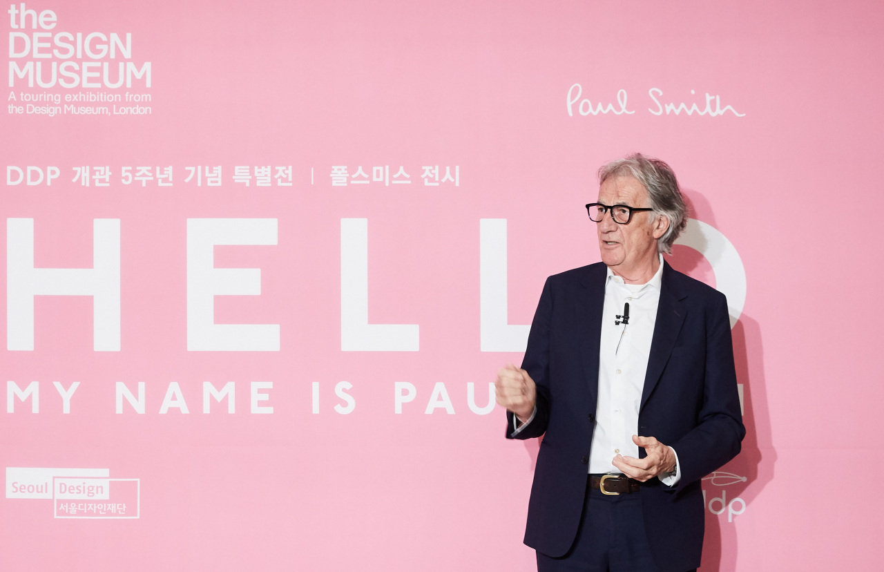Paul Smith speaks during a press conference at Dongdaemun Design Plaza in Seoul, Wednesday (Yonhap)