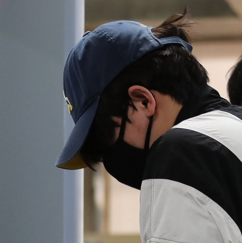 Man, 30, is suspected of stalking a woman and attempting to break into her home at around 6:20 a.m. on May 28 in Sillim-dong, Seoul, according to the police. (Yonhap)
