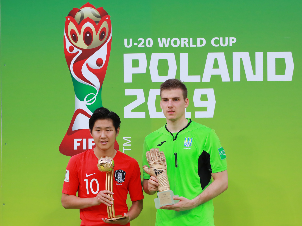 Lee Kang-in wins Golden Ball and Ukraine's goalkeeper Andriy Lunin wins Golden Glove (Yonhap)