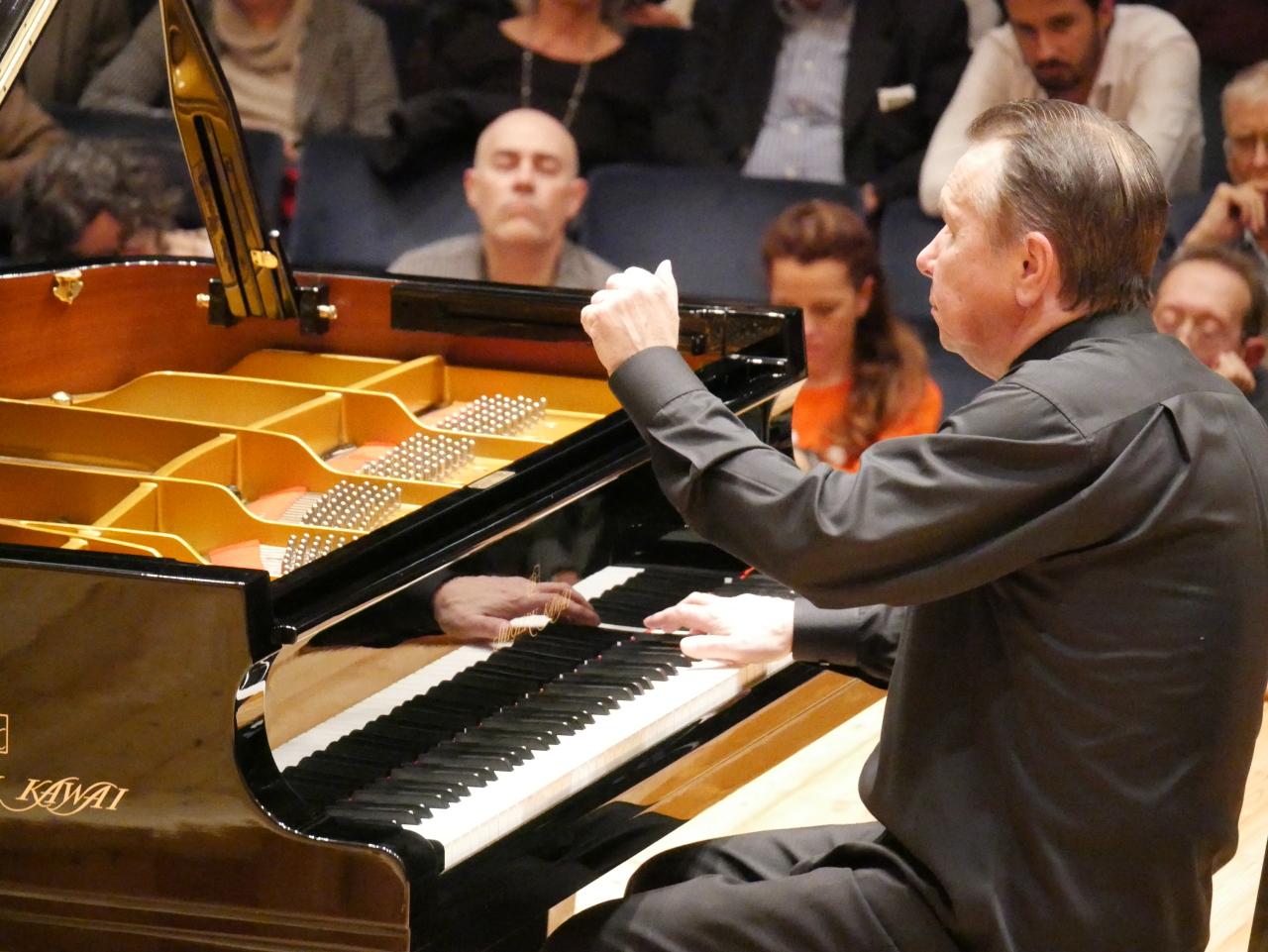 Pianist Mikhail Pletnev (Kawai Germany)