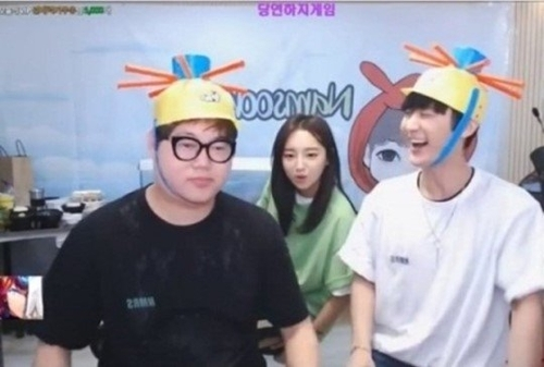 (From left) YouTubers Gamst, Ozilhye and Namsoon (Yonhap)