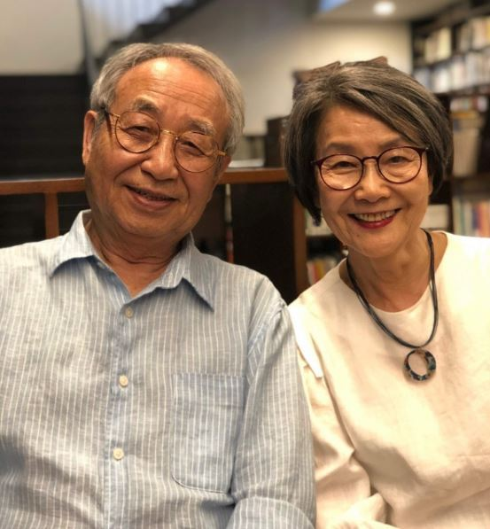 Lee Chan-jae and his wife, An Kyong-ja