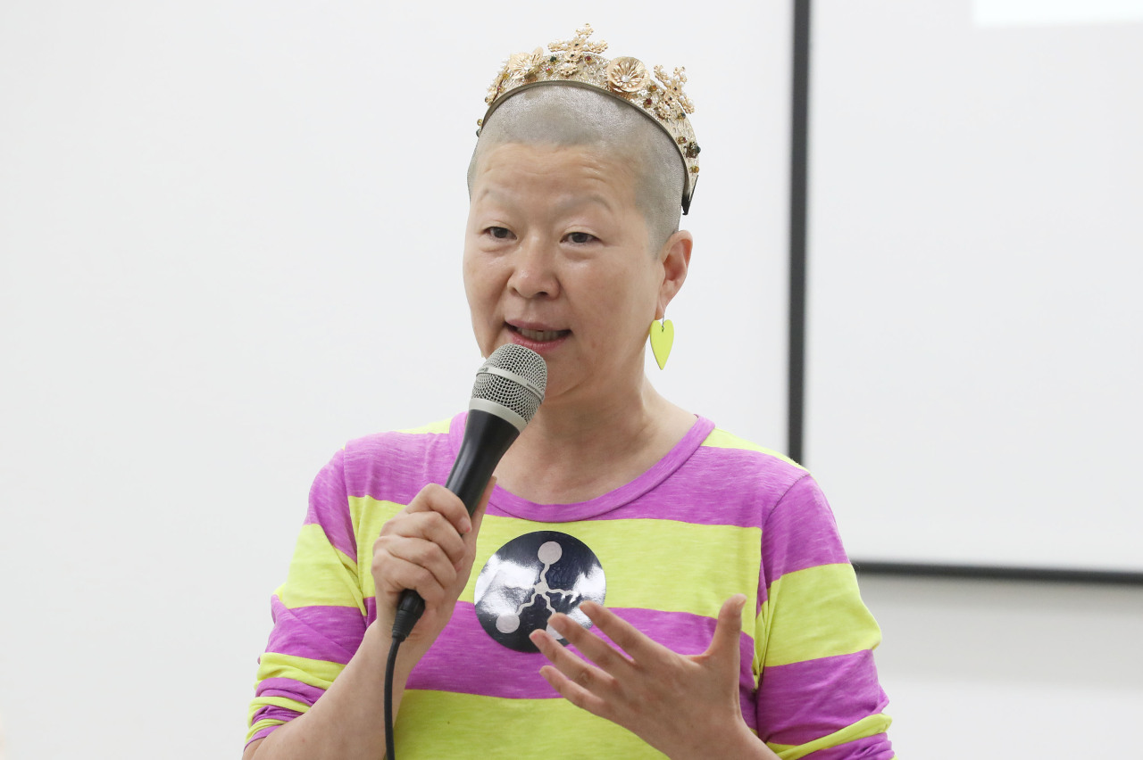Ahn Eun-me speaks during a press conference held Wednesday at the Seoul Museum of Art. (Yonhap)