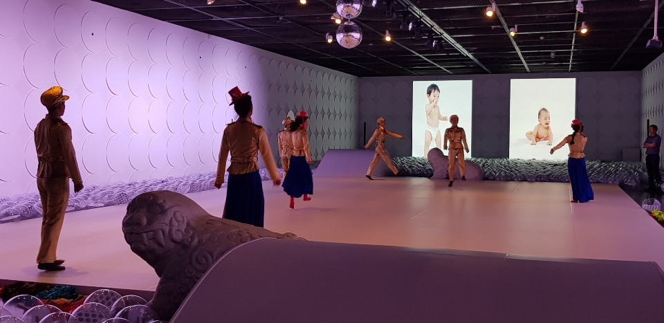 Members of the Eun Me Ahn Company perform during a press conference held Wednesday at the Seoul Museum of Art. (Shim Woo-hyun/The Korea Herald)