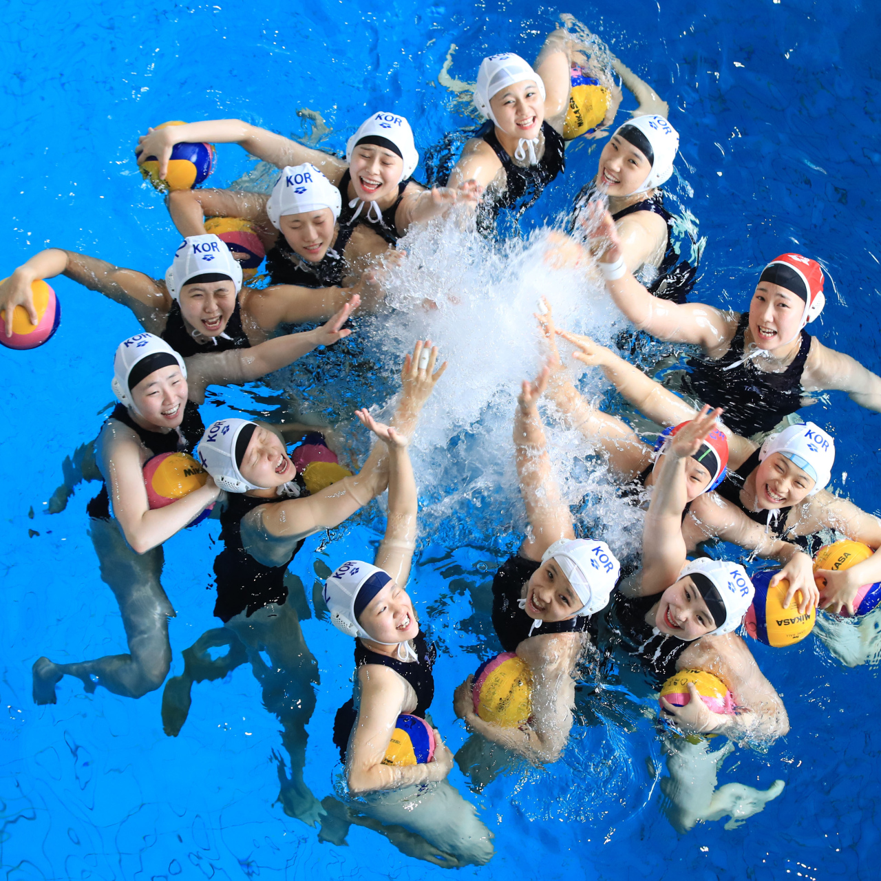 South Korean women's water polo players pose for a photo before training at a pool on June 27 ahead of the 2019 FINA World Aquatics Championships in Gwangju. (Yonhap)